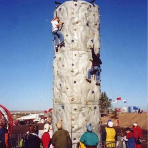 3 Man Rock Wall